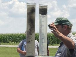 Jim Hoorman demonstrates soil slaking at the 2017 Manure Science Review
